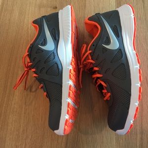 Nike Shoes - Like New Nike Sneakers - Men's size 8 - worn once!